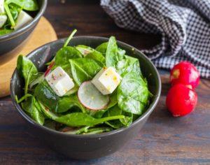 Блюда из шпината: салат