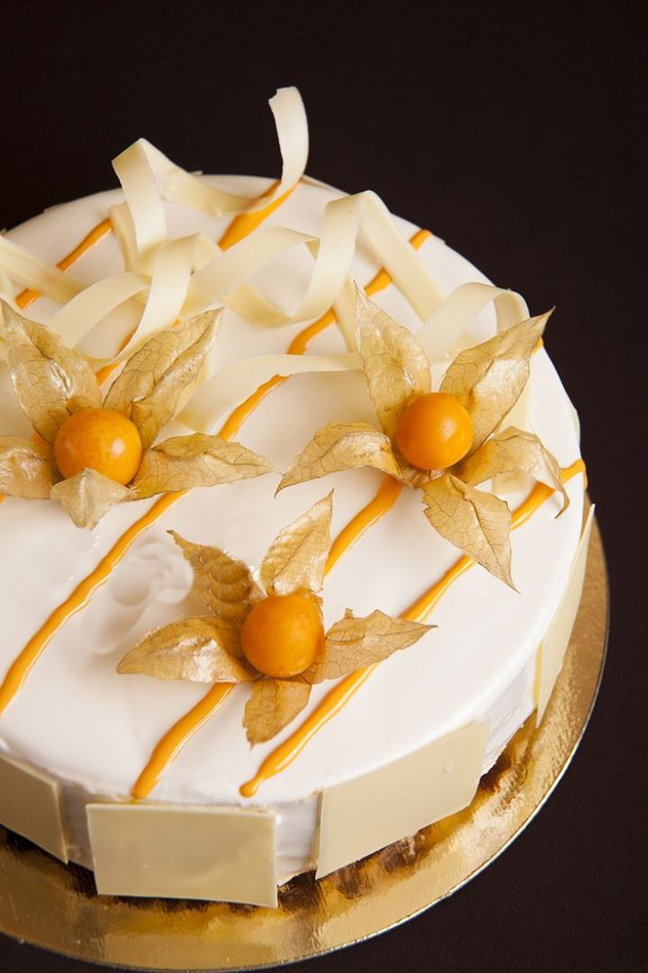 Украшения для тортов из физалиса