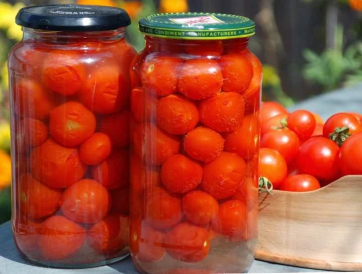 Солим помидоры по классическому рецепту