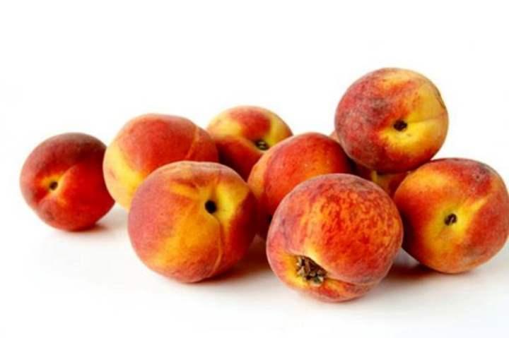 Обычный круглый персик