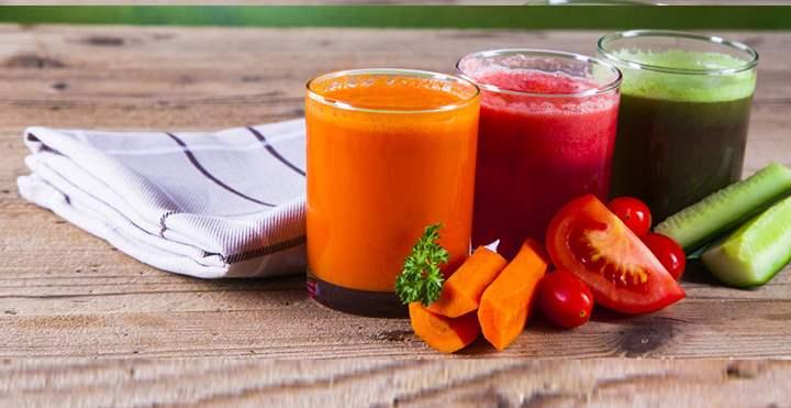 Оранжевый сок из моркови