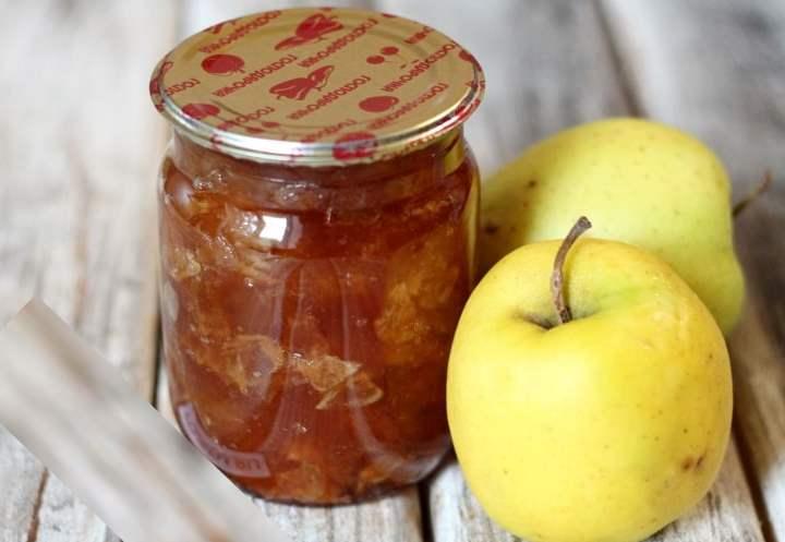 Яблочное варенье каждый раз даже у одной хозяйки получается новым на вкус.
