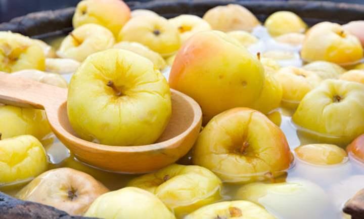Яблоки из бочки